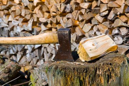 Mit Brennholz heizen